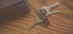 wood-top-keys-lock-brown